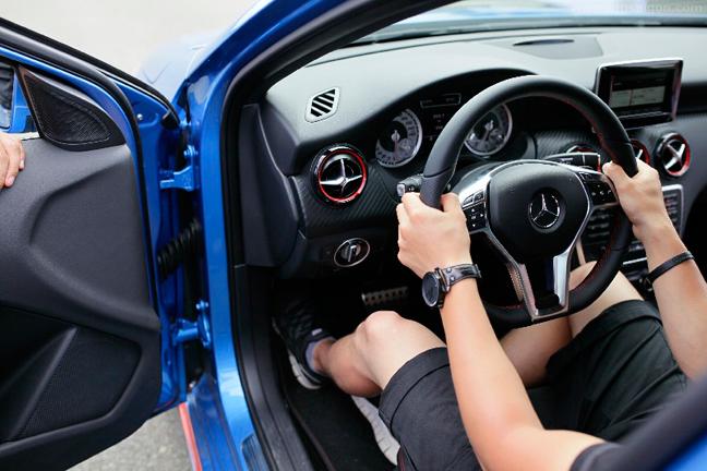 15 điều tối kỵ mà người mới lái xe ôtô cần lưu ý